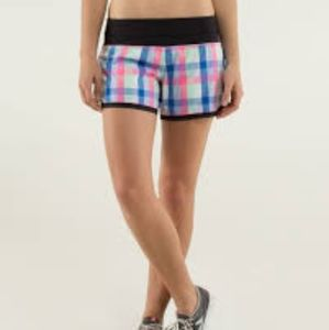 Lululemon Groovy run shorts black/white plaid 4 EU